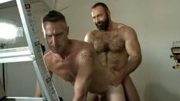 Daddy Scott Gets Muscle Bear Brad Kalvo's Fat Cock