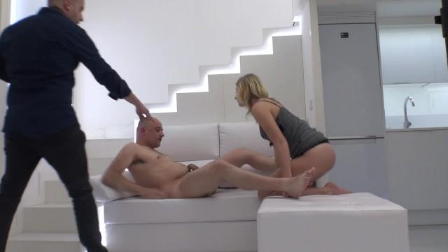 Fuck girls photo - Hidden camera on sex photo session with ukrainian aria logan.part 1