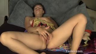Sexy Bridgette Masturbating porno