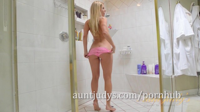 Mature Blonde MILF Ashley Fires Pisses While You Watch 3