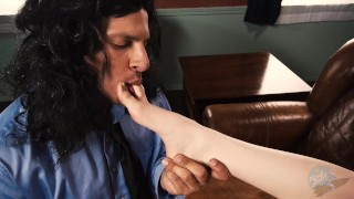 Lisa fucks xxx room mark of the middle parody in the the bedroom woodrocket licking