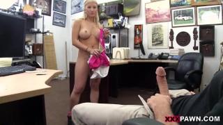 soiree libertine en pawn shop stripper wants an upgrade