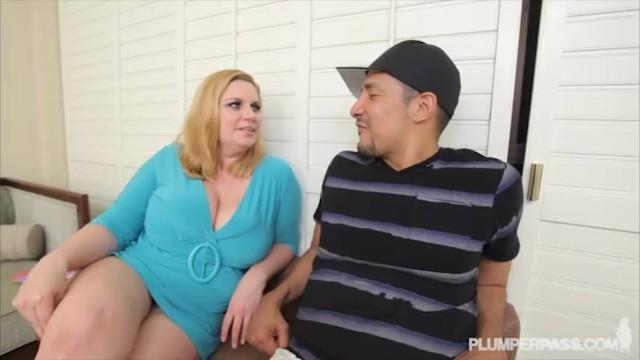 Busty BBW MILF Tiffany Blake Loves Dark Dick 16