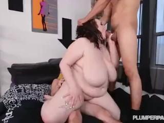 Teen BBW Peyton Thomas takes on 2 large cocks