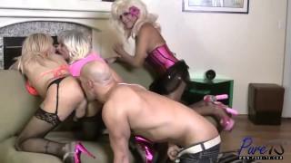 Amateur MILF TS Bareback Orgy Erupts!