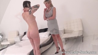 Milf her for british car sonia trades pussy girl gag