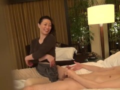 Subtitled Japanese milf massage therapist seduction in HD