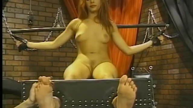 Bossy mistress gives her favorite slave an unforgettable bdsm experience 8