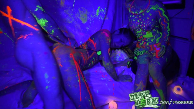 Dare dorm epic breasts - Daredorm - glow party fuckfest