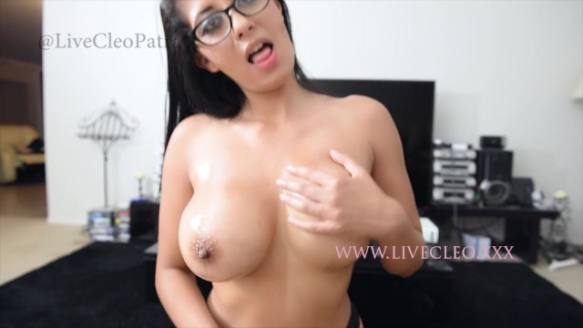 Cleo Patra aka livecleo First amature custom porn squirting sample fucking 14
