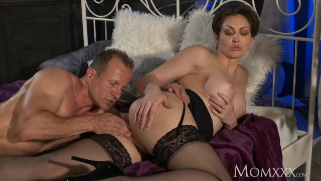 Rs aria giovanni xxx - Mom office woman in stockings wants rock hard cock deep inside her