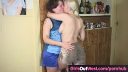 Pigtailed lesbian soccer player gets her hairy cunt licked