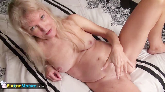 Mature women with big nipples - Old granny blonde small tits showing nipples masturbating hairy pussy