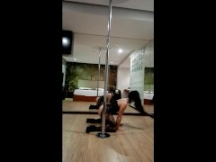 HOT POLE DANCE - DIANA CU DE MELANCIA