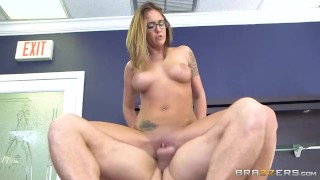 Layla London wants some office cock - Brazzers