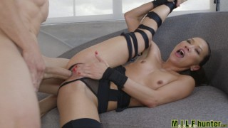 Milf Hunter - Ryu Time porno