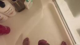 Morning shower masturbation session