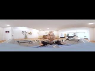 VR BANGERS Mia Malkova- Casting couch