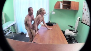 Doctor Fucks His boss' Hot Wife