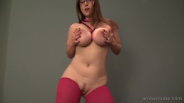 Amber stripdans 1080p