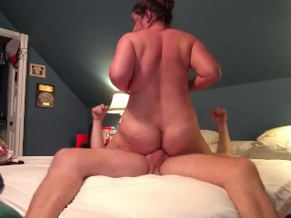 Amateur cougar Becky's first time anal cowgirl...