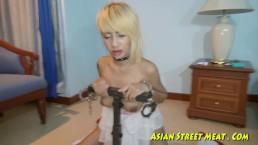 Alta ragazza Thailandese-il piacere di un culo stretto