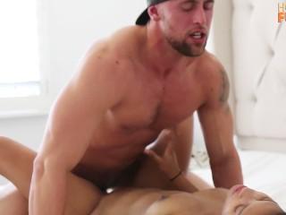 Daddy fucks girl hardcore — photo 11