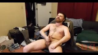 On thedudewhosadude training popper takes beard striptease