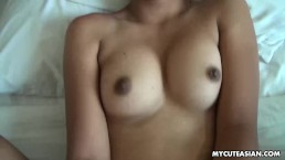 Her pussy is so hot as it gets fucked close up
