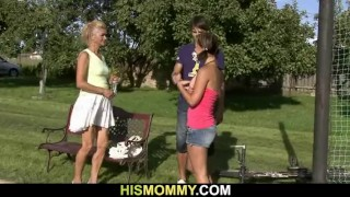 Old mom pleases her son's gf with dildo