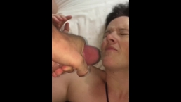 HUGE CUMSHOT FACIAL