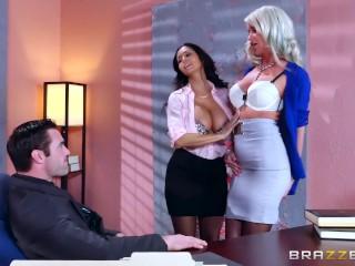 video descritto - sesso a tre in ufficio