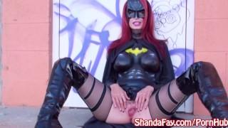 BatGirl Shanda Fay Gives Public Cosplay Blowjob!
