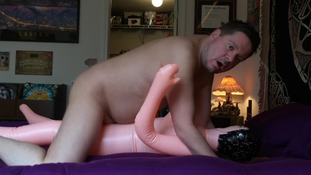 Male masturbation techingues Cumming inside my blowup sex doll