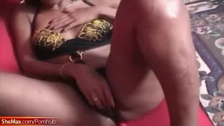 Tugs her rod girl sofa red tranny decent on tits with black brunette big