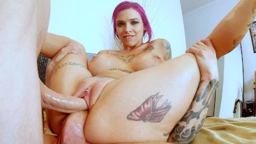 Hottest MILF Anna Bell Peaks Takes 2 Huge Cocks In Her Pussy!