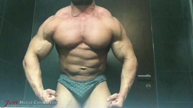 Free old men gay vids 22 year old bodybuilder strips for the shower on jockmenlive cams