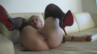 Golden haired hottie goes totally nude and masturbates