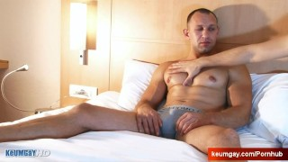 Igor, Handsome Delivery straight guy at your service ! Oral toesuckingguys