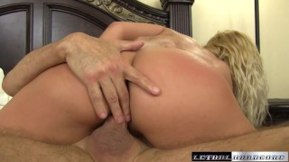 Kenzie stops by to audition her sweet pussy for a new porn movie