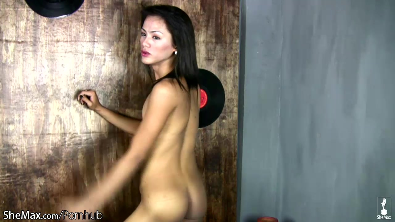 Extreme fuck asian pussy