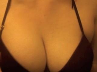Falling nudity...