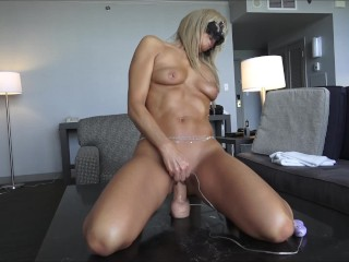 AMATEUR MILF RIDES HER NEW VIBRATING STRYKER DILDO – AMAZING ORGASMS