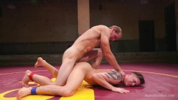 Two hot hunks duke it out on the mat!