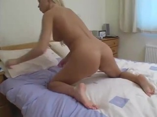 SEXY MILF JUST GOT AN ORGASM