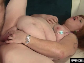 Chubby girl sticks face in her ass before fucked