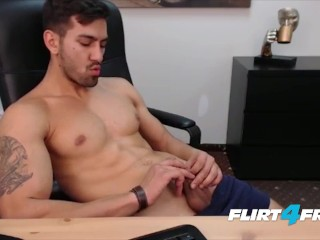 Smooth Chiseled Hunk Gets Off in His Office
