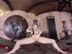 Virtual Reality porn with Angel Wicky