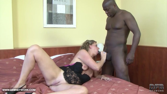 Euro Chubby Cougar First Time Fucking Black Man On Cam -5164