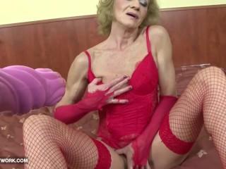 Granny fucking big black cock
